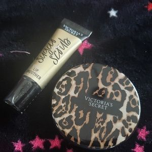 VS Compact Mirror & SUGAR SCRUB Lip Smoother Set